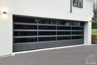 Sectional garage doors (9)